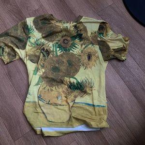 Urban outfitters, mini t shirt, but fits a medium